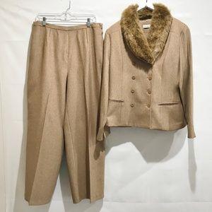 Amanda Smith Pant Suit Brown Fur Collar sz 14